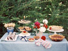 pie bar | Berrett Photography #wedding