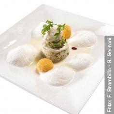 Punto di svolta  Flan di carciofi e ricotta con fonduta leggera di Grana Padano, sfere impalpabili di mais e bitto. Chef PietroLeemann