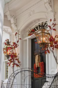 This Thanksgiving front door is so pretty. I always loved the idea of a square wreath.