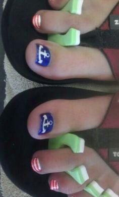 Anchor toe nail art