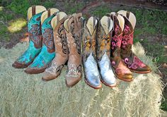 Ferrini Boot Givaway! Win your Choice of any in stock Ferrini Boot (excluding exotics). The winner will be chosen May 1, 2014.