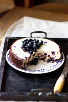 Blueberry and chocolate chip cheesecake