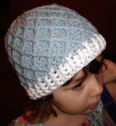 Diamond Pattern Hat -- free pattern  excellent how-to photos on this blog