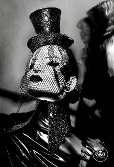 THE FREAK - New Danny Deluxe Latex collar with black glitter #rubber #dannydeluxecouture #dannydeluxe #latex