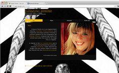 Julianne Simitz | Comedian, Writer, Producer
