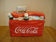 Coca-Cola 2002 Cooler w/Transistor Radio Cookie Jar