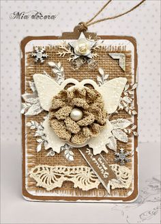 Like the burlap and butterfly, tag from Mia decora