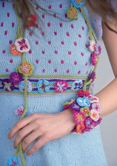Dale of Norway  http://outstandingcrochet.blogspot.com/2012/04/dale-of-norway.html