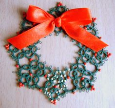 Wreath design by Renulek.  Frywolitki, Tatting, Chiacchierino