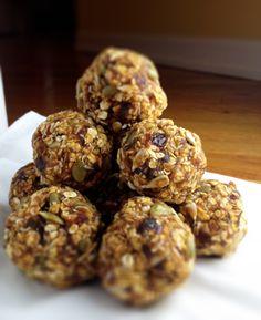 Almond, seeds balls
