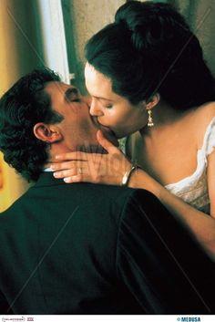 'Original Sin' (2001) Antonio Banderas & Angelina Jolie.