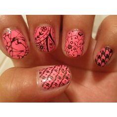 ...and more nails (lots of nail art ideas)