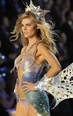 maryna linchuk mermaid scales!!!!