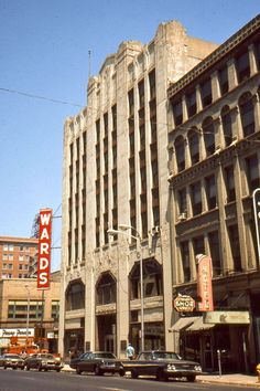 West side of the Montgomery Ward department store downtown Des Moines, 1960's. Located on the SE corner of 5th and Locust. Capital Square occupies this space today.