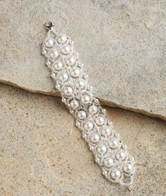 Use Your Pearls for This Free Beaded Bracelet Project - Daily Beading Blogs - Blogs - Beading Daily bead bracelet, pearl jewelry, pearl bracelets, beaded bracelets, bracelet project