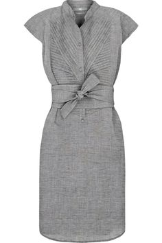 this with some black heels. that's classy. i actually love this dress.