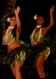 #hula #dancers