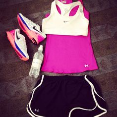 Weekend running style!  #sweatinstyle
