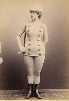 Burlesco vitoriano e suas curvas.... WOW the Victorian Burlesque had real curves back then