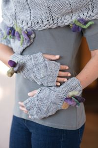 Easy Entrelac Mitts pattern - from Love of Knitting magazine's special Knit Accessories 2014 Issue