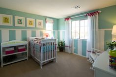Love the fresh, calm colors in this baby nursery.