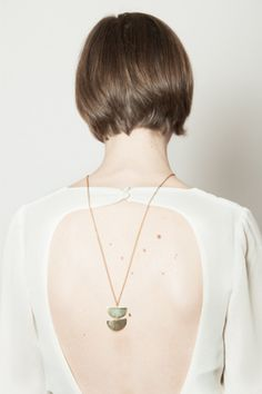 Back pendant