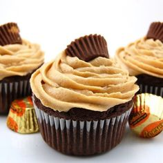peanuts, frostings, chocolates, chocolate cupcakes, dreams, food, butter frost, chocol cupcak, peanut butter