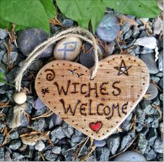 Driftwood WITCHES WELCOME Wall Hanging Heart ~ Door Talisman Charm ♥ PAGAN Wicca