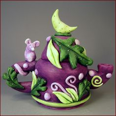 Oona Nevar Little Mouse Teapot