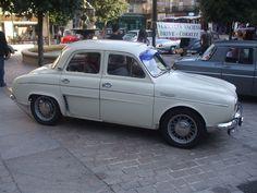 #Renault DAUPHINE GORDINI