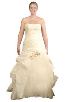 Brides: Wedding Dresses for Pear-Shaped Figures