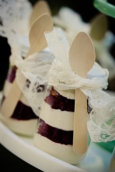 mini mason jar red velvet cakes