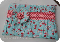 another version of the gathered clutch.  Tutorial link for the flower in the blog post.