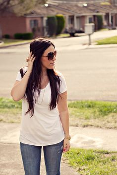 How to style a basic jeans and t-shirt.