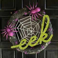 Dream a Little Bigger - Dream a Little Bigger Craft Blog - Glittery eek WreathDIY