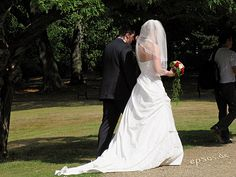 How to Plan a Low Budget Wedding via www.wikiHow.com