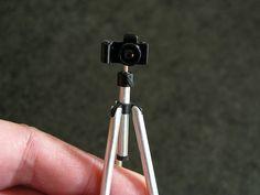 MitchyMooMiniatures: Camera Tripod Tutorial