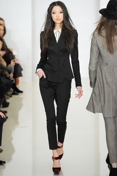 So chic in black- Rachel Zoe- Fall RTW 2012