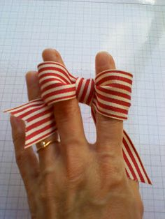 Stamping Joy: How to tie the Perfect Bow...