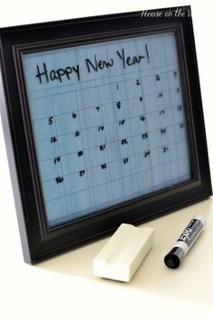 Cute dry erase frame tutorial for a calendar! Great way to get organized and look classy!