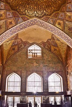 Golden Architecture, Isfahan, Iran, by Roham Sheikholeslami, on Flickr.