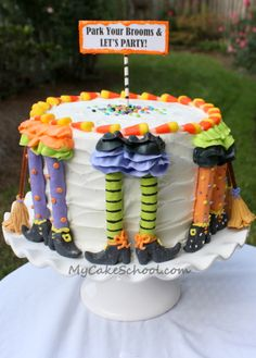 step by step tutorial how to make this Witchy Legs Cake #Halloween