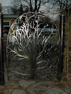 Garden gate - so awesome!