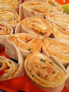 Mexican cream cheese and chicken roll-ups