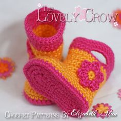 #crochet #pattern for #baby #booties that look like little #boots or #rainboots.  By #The Lovely Crow #Elizabeth Alan #ebethalan   Easy pattern, videos available, no cottage license.