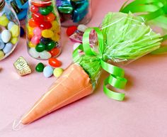 Easter treat bags {Confessions of a Cookbook Queen}