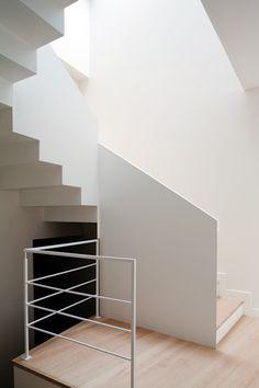 Q-house by asensio_mah  #interiors #interior #stair #escalier #archi #architecture #home #interiordesign