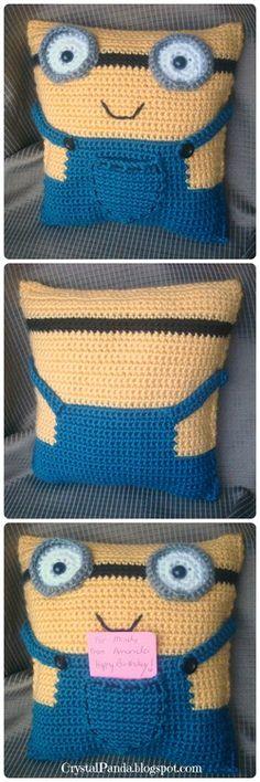 Crochet Minion Pillow Gift Card Holder - isnt he cute!   ... #inspiration_crochet #diy GB