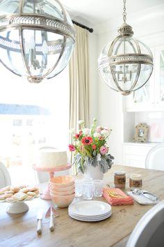 #lantern, #lighting, #dining-room, #pendant-light