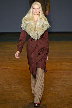 I die for this collar (Marc by Marc Jacobs Fall 2011)